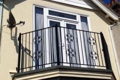 1_balcony-2