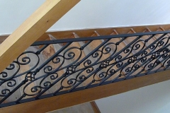 Staircase spindles