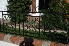 Spiked decorative fence