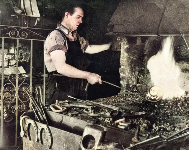 Alec Jacobs forging steel